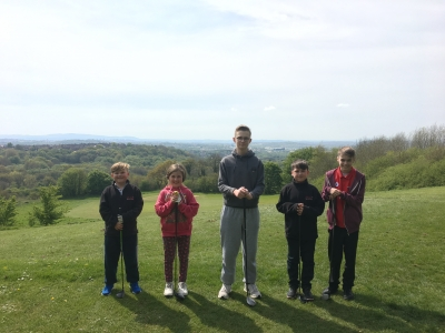 juniors-on-the-3rd-tee