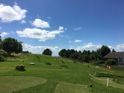 sunny piccie mini golf 3