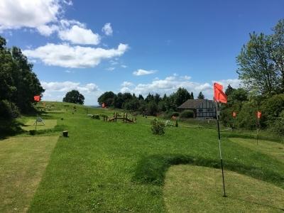 sunny piccie mini golf
